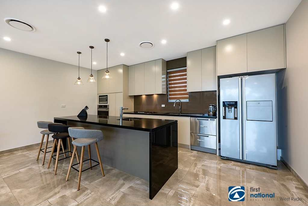16 NORTH JERVIS ST 2
